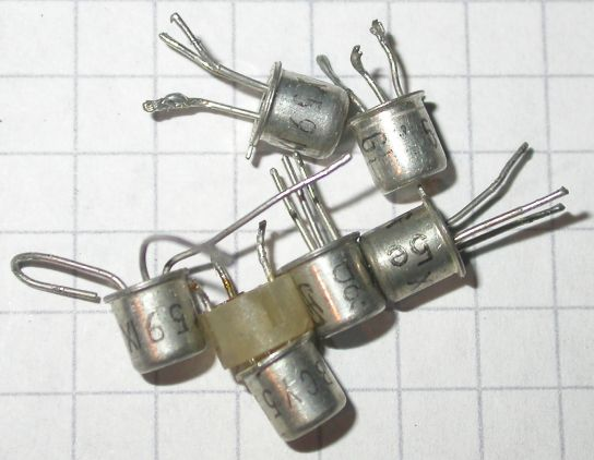 pnp , 300 V , 0,5 A , 0,625 W , 50 MHz , TO-92 10 Transistoren  MPS A 92